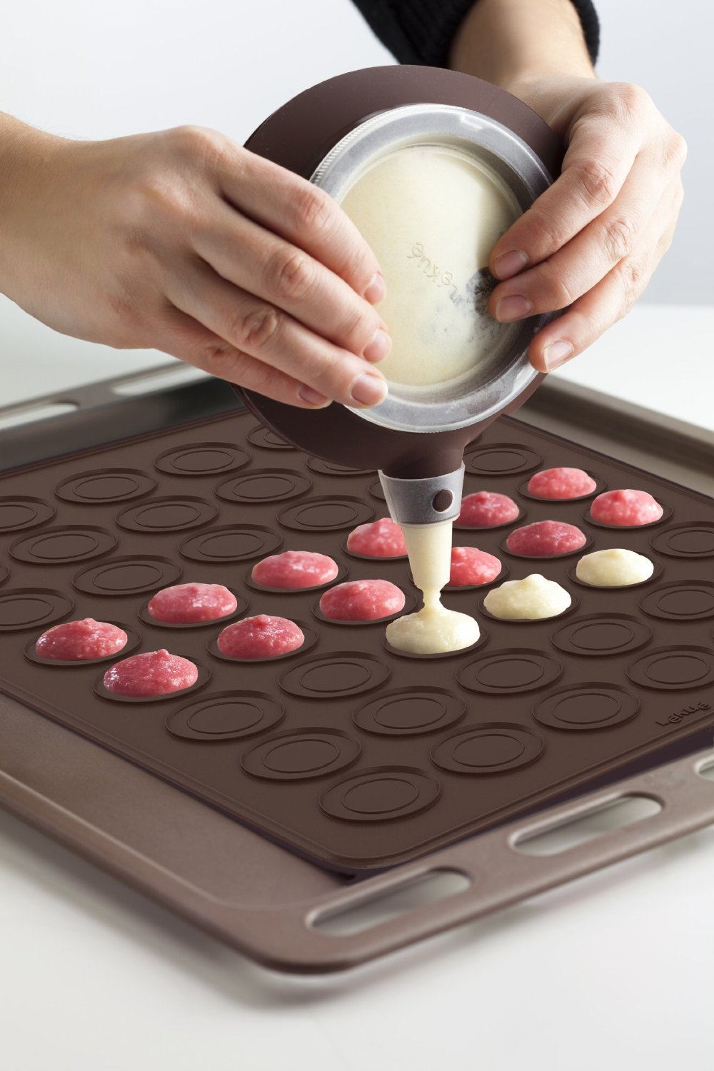 Macaron Baking Set & Kit by Lekue
